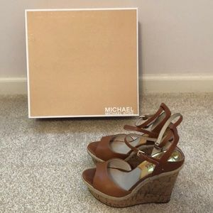 MICHAEL Michael Kors Platform Sandals. Sz 6. New!